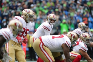 HOYER_2716_SEA_49ERS_17